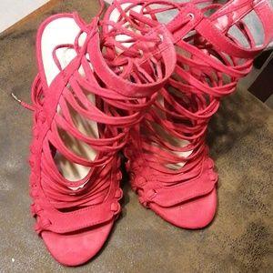 Reed heels